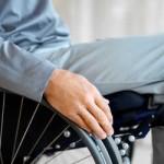 La Storia di Andrea Disabile in Carrozzina che vive in una Roma piena di Barriere Architettoniche