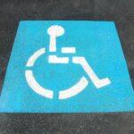 Come ottenere il contrassegno disabili e chi ne ha diritto?