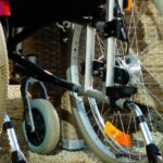 Quanto è larga una carrozzina per disabili