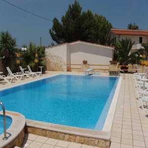 A sassari inaugurata la piscina riabilitativa per disabili - Piscine lu fangazzu ...